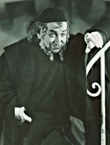 Anders Fritiof as the Jew and moneylender Shylock , in 'The Merchant of Venice'