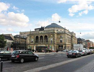 Det Kongelige teater at Kongens Nytorv (The King's New Plaza)