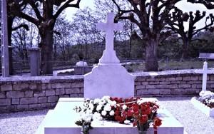 Charles de Gaulle's flower decorated tomb in Colombey-les-deux-églises