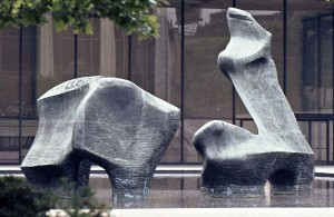 The spectacular Henry Moore sculpture in front of the Vivian Beaumont Theater in the back right.