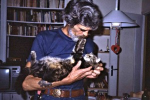 Girv, the cat lover made close friends in no time with Lulu - 1985
