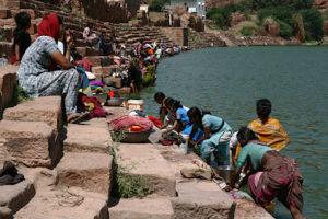 Washing women at the lake in Badami